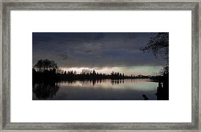 Sun Setting On The Skagit River Framed Print by David Patterson