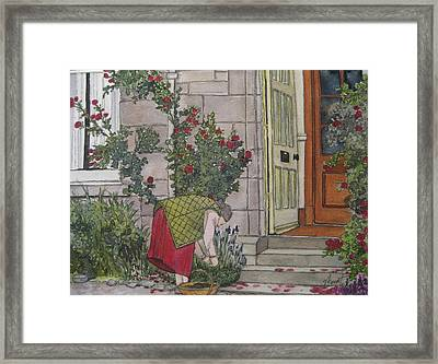 Sunday Afternoon St Andrews Framed Print by Victoria Heryet