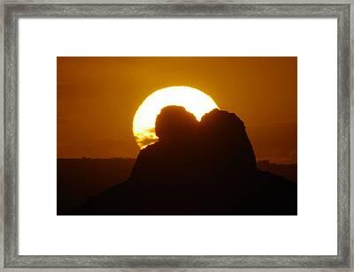 Sundown At Canyonlands Framed Print by Jeff Swan