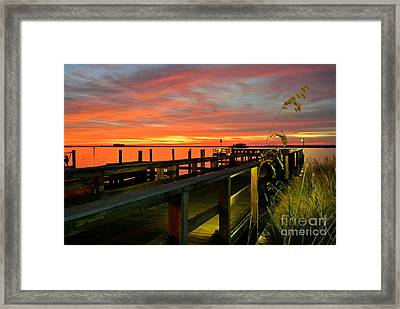 Framed Print featuring the photograph Sundown by Elfriede Fulda