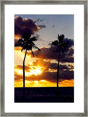 Sunrise-23 Framed Print