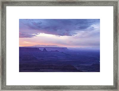 Framed Print featuring the photograph Sunrise At Canyonlands by Marie Leslie