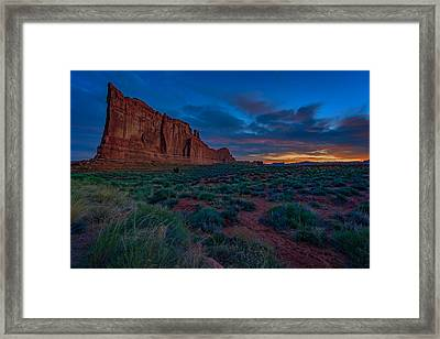 Sunrise At Courthouse Towers Framed Print by Rick Berk
