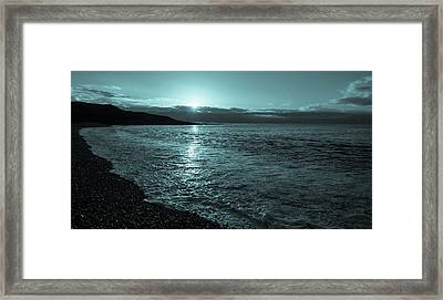 Sunrise In Stonehaven B-w Framed Print