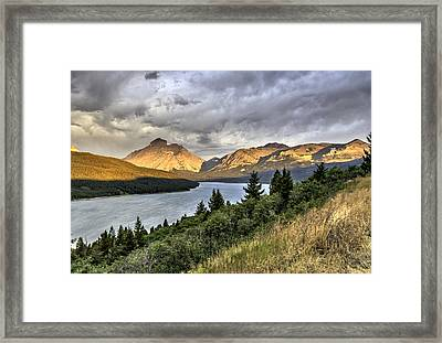Framed Print featuring the photograph Sunrise On The Bitterroot River by Alan Toepfer