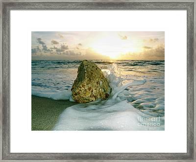 Sunrise Seascape Wisdom Beach Florida C4 Framed Print
