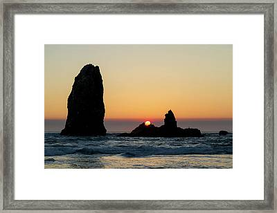 Sunset At Cannon Beach Framed Print by David Gn
