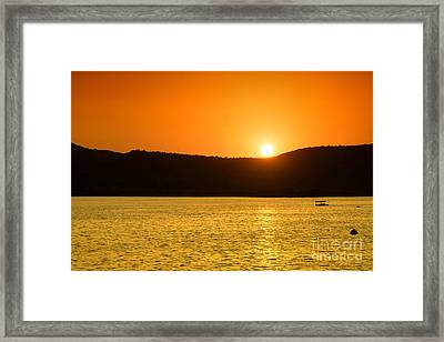 Framed Print featuring the photograph Sunset At Pichola Lake by Yew Kwang