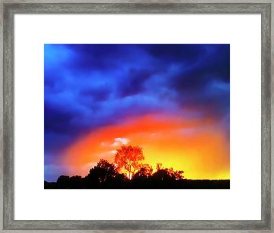 Sunset Extraordinaire Framed Print