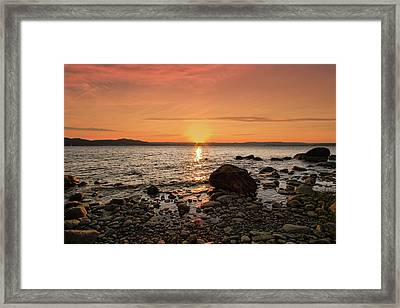 Sunset Glow Framed Print by Alexander Mendoza
