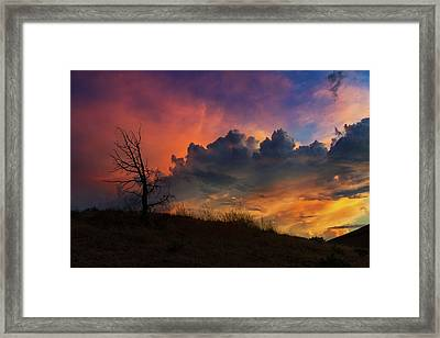 Sunset In Central Oregon Framed Print by David Gn