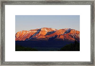 Framed Print featuring the photograph Sunset On Sofa Mountain by Blair Wainman