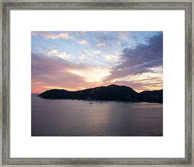 Sunset On The Bay Framed Print by James Johnstone