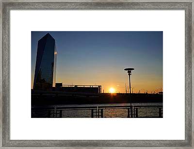 Sunset On The Cira Building Framed Print by Andrew Dinh