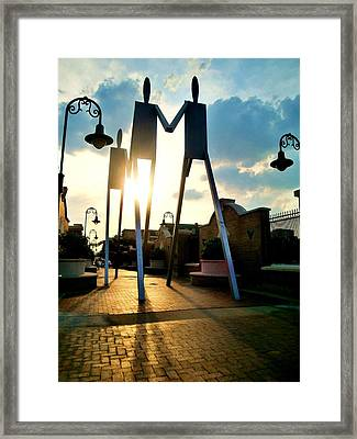Sunset On The Strollers On South Street Bridge Framed Print by Andrew Dinh