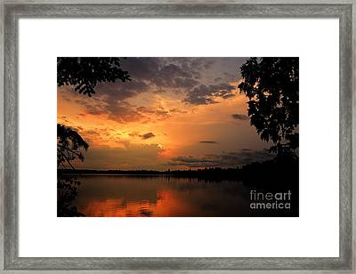 Framed Print featuring the photograph Sunset On Thomas Lake by Larry Ricker