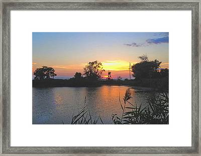Sunset West Of Myer's Bagels Framed Print by Felipe Adan Lerma