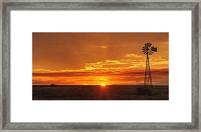 Sunset Windmill 02 Framed Print