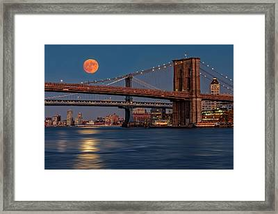 Super Moon Over Manhattan And Brooklyn Bridges Nyc Framed Print by Susan Candelario