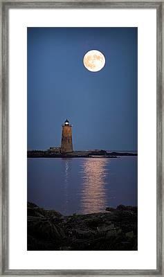 Super Moon Over Whaleback Lighthouse Framed Print