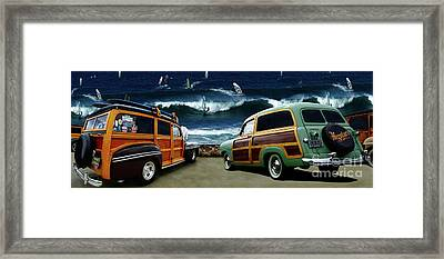 Surfer's Paradise Framed Print by Bob Christopher