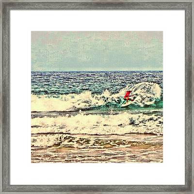 People On The Wave Framed Print by Daisuke Kondo