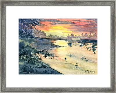 Susquehanna River Sunset Framed Print by Melly Terpening