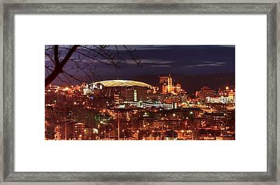 Syracuse Dome At Night Framed Print by Everet Regal