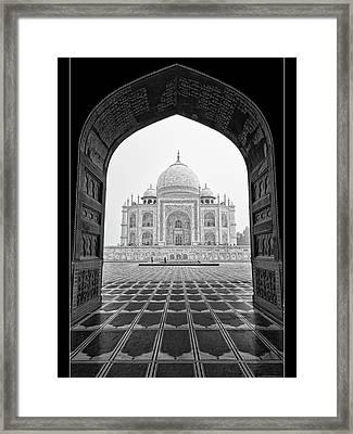 Taj Mahal - Bw Framed Print by Stefan Nielsen