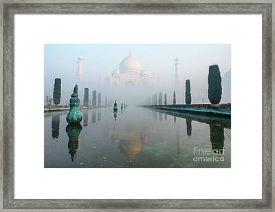 Taj Mahal At Sunrise 01 Framed Print