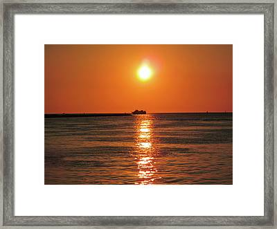 Tampa Bay Sunset 3 Framed Print by Marilyn Hunt