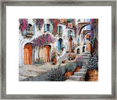 Tanti Fiori Per Strada Framed Print