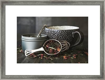 Tea Time 8312 Framed Print