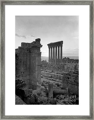 Temples Of Bacchus And Jupiter Framed Print by Science Source
