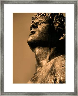 Terry Fox Framed Print by Tingy Wende