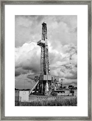 Exalo Gas Drilling Rig Framed Print by Daniel Hagerman