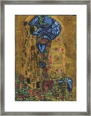 The Alien Kiss By Blastoff Klimt Framed Print