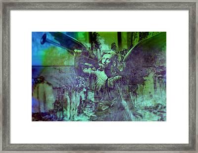 The Angels Message Framed Print by Susanne Van Hulst