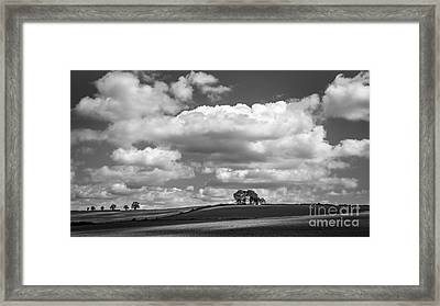 The Approach Framed Print by Richard Thomas
