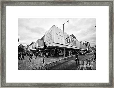 The Arndale Shopping Centre And Junction Of High Street And Market Streets Manchester England Uk Framed Print by Joe Fox