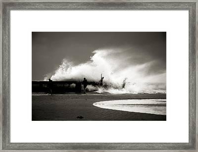 The Big Surge Framed Print by Susanne Van Hulst