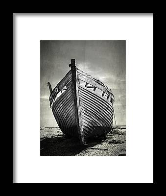 Shipwreck Framed Prints