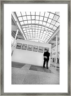 The Critic Framed Print by Robert Lacy