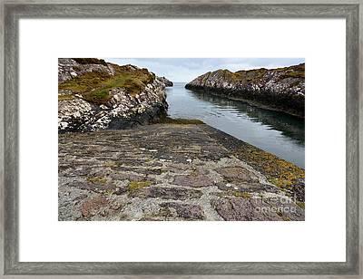The Dingle Peninsula Framed Print by Nichola Denny
