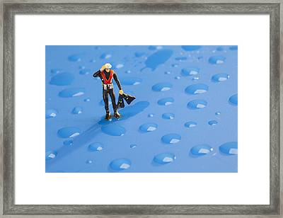Framed Print featuring the photograph The Diver Among Water Drops Little People Big World by Paul Ge