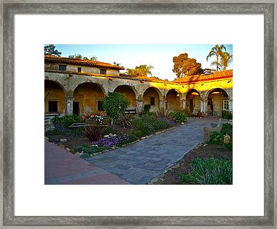 The Dormitory And Serra Chapel Viewed From The Central Courtyard Mission San Juan Capistrano Ca Framed Print by Karon Melillo DeVega