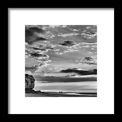 Nature_seekers Framed Prints