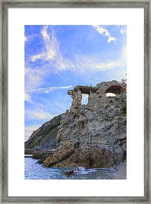 The Giant Of Monterosso Framed Print by Rick Starbuck