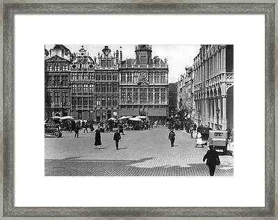 The Grand Place In Brussels Framed Print by Underwood Archives