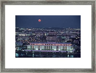 The Kennedy Center Lit Up At Night Framed Print by Kenneth Garrett